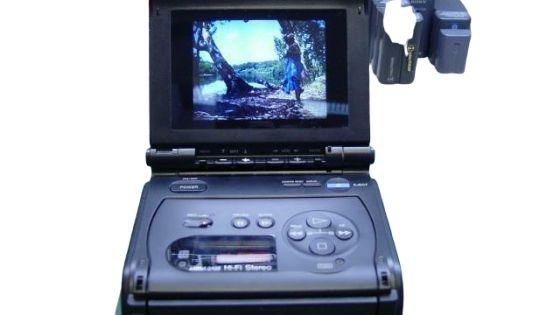 GV_5_50_Sony_Video_Walkman